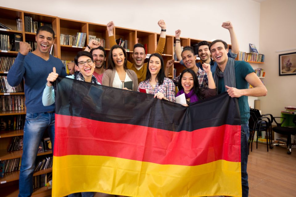 Alemania: Becas Para Pregrado y Maestría en Diversos Temas Cologne Business School